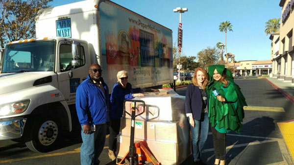 Paper Mart Donates to KTLA Food Bank