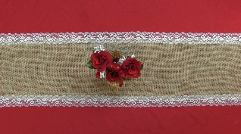 Burlap and Lace Table Runner Final Outcome