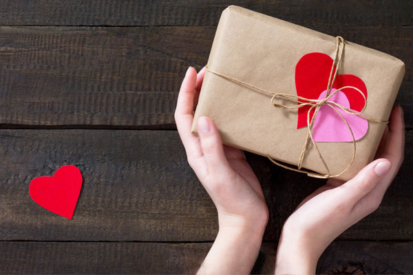 5 Packaging Ideas For Etsy Sellers This Valentine S Day Papermart Com