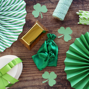 st patty's day party supplies