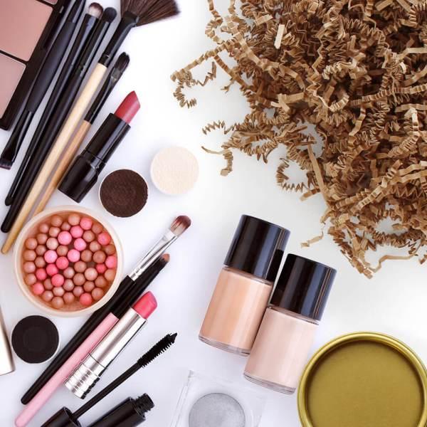shipping makeup